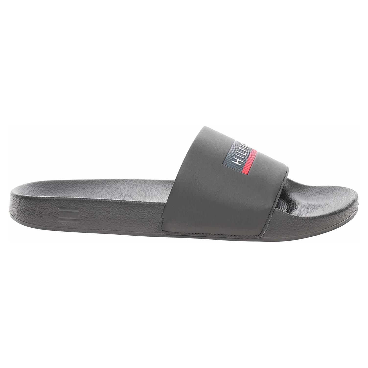 Levně Pánské plážové pantofle Tommy Hilfiger FM0FM03792 BDS black 41